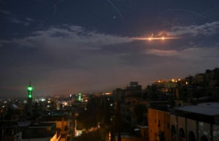 سوريا | موقع سوري يكشف معلومة مثيرة عن القصف الإسرائيلي على حماة