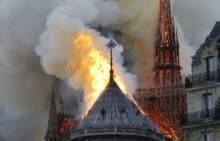 ترمب: من المؤسف مشاهدة الحريق في كاتدرائية نوتردام