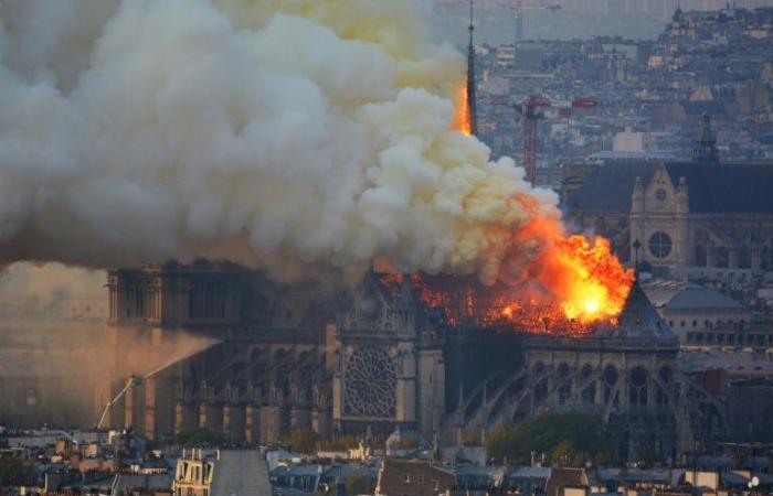 التبرعات لإعادة بناء كاتدرائية نوتردام تصل إلى 700 مليون يورو