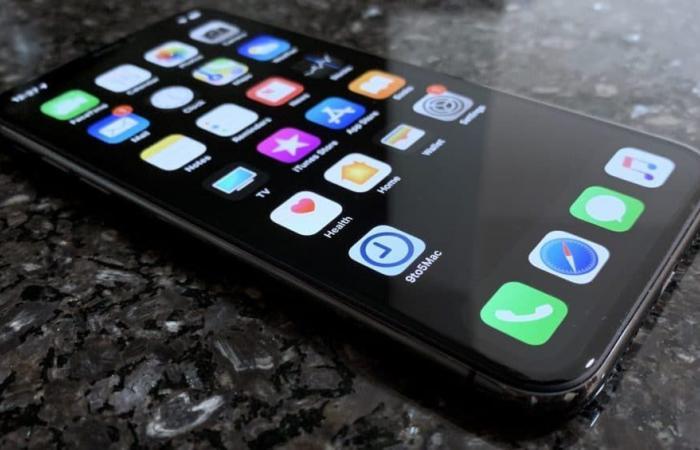 تقرير: آبل تضيف الوضع الداكن إلى iOS 13