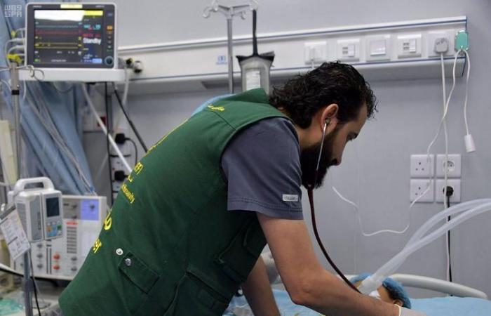 الخليح | مركز الملك سلمان للإغاثة يجري 80 عملية قلب لأطفال اليمن