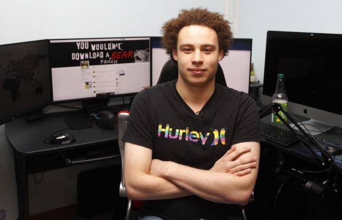 """""""بطل"""" صد هجوم WannaCry العالمي في 2017 يقر بتطوير برامج لسرقة البنوك"""