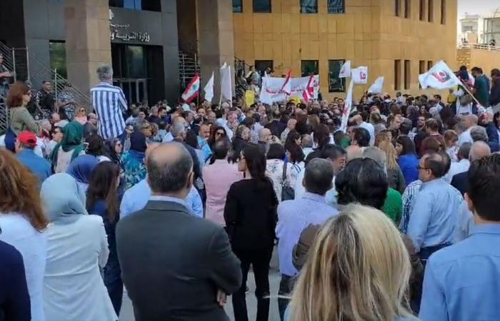 """متفرغو """"اللبنانية"""": لا تراجع عن الإضراب"""