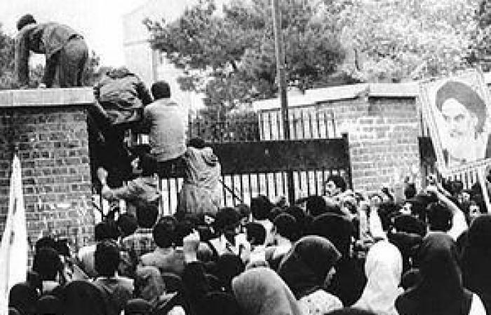 إيران | محطات 4 عقود من علاقات وصراعات إيران وأميركا