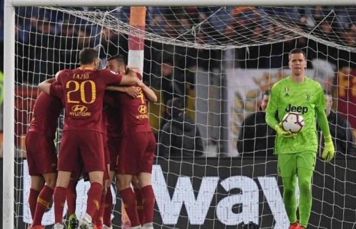 روما يسقط يوفنتوس ويبقي على حظوظه بدوري الأبطال