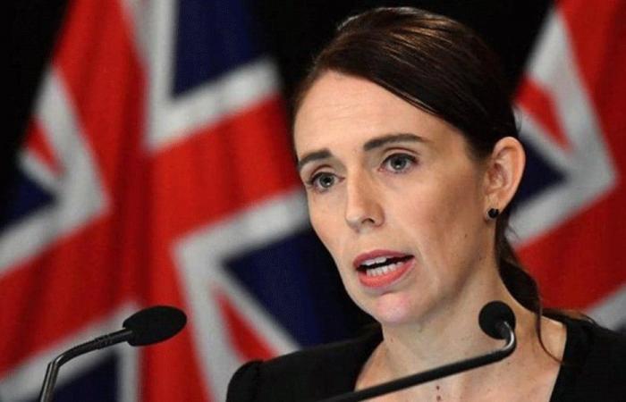 """رئيسة وزراء نيوزيلندا ترفض """"رشوة"""" بـ5 دولارات"""