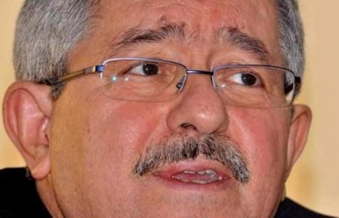 الجزائر.. أنباء مغادرة أويحیى إقامة الدولة بنادي الصنوبر
