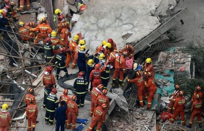 مقتل خمسة أشخاص جراء انهيار مبنى في شنغهاي