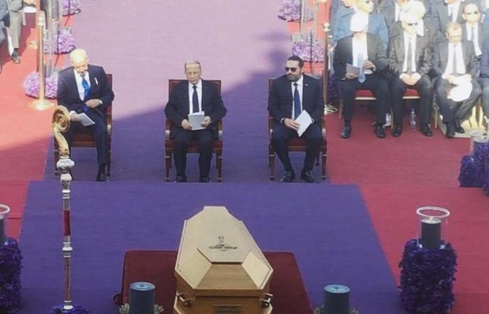حشود سياسية وشعبية تملأ باحات بكركي