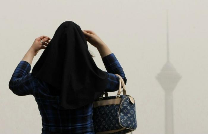 مجلس النواب النمساوي يقر مشروع قانون يمنع ارتداء الحجاب في المدارس الابتدائية