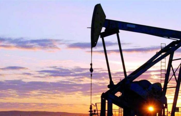 توترات المنطقة تدفع بأسعار النفط صعوداً .. 'برنت' لامس الـ72.18 دولار للبرميل