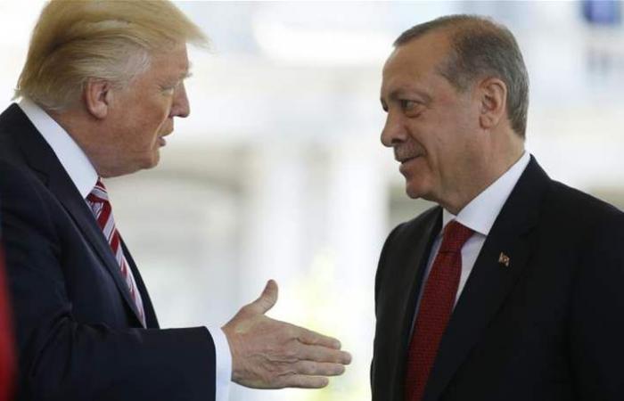 ترامب يخفض 50% من الرسوم الجمركية على واردات الصلب التركية