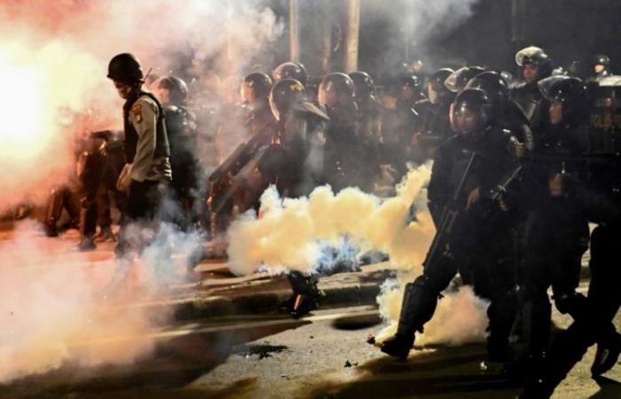 ستة قتلى في مواجهات مرتبطة بالانتخابات الرئاسية في اندونيسيا