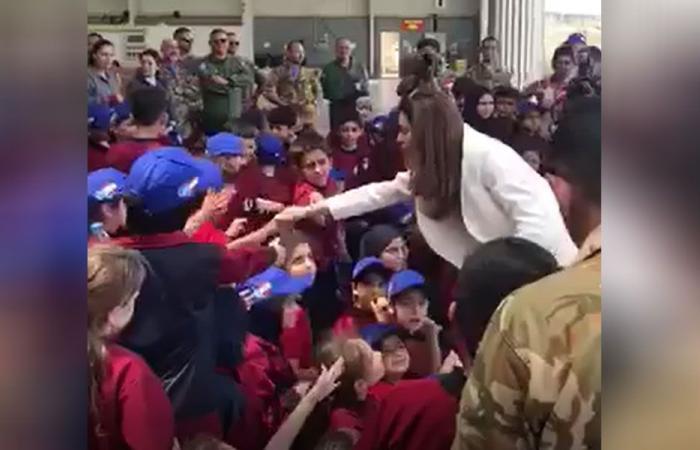 بالفيديو: لقاء بين خيرالله الصفدي وأطفال مدرسة عيتا الشعب