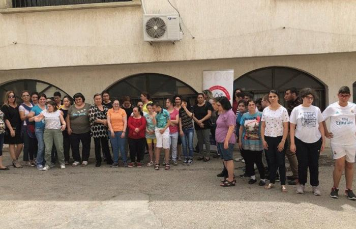 إضراب تحذيري في مركز العناية الإلهية في زغرتا