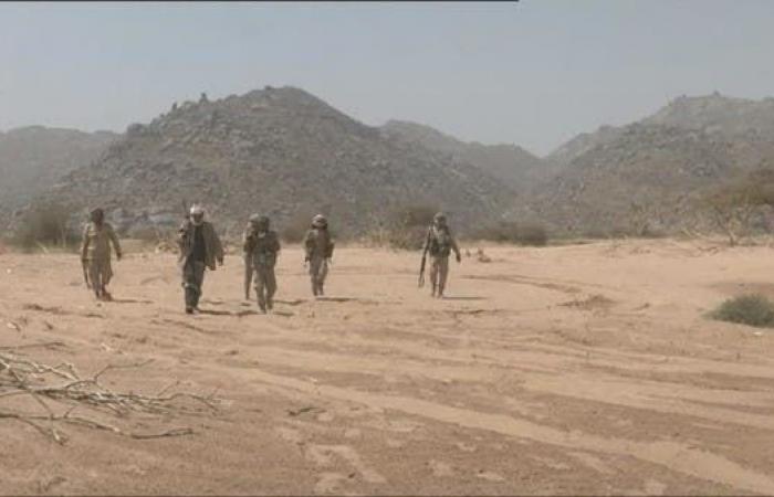 اليمن | الجيش اليمني يخوض معارك على 8 محاور في صعدة