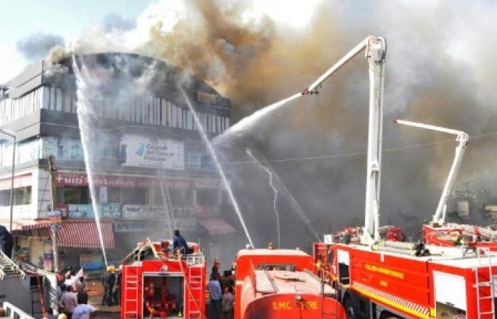 مصرع 19 طالبا على الأقلّ في حريق في الهند
