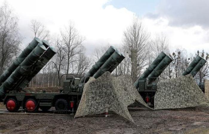 "إيران | مسؤولان روسيان: بوتين يرفض بيع إيران صواريخ ""إس 400"""