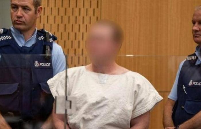"""نيوزيلندا.. قرار جديد بحق منفذ """"مذبحة المسجدين"""" قبل المحاكمة"""