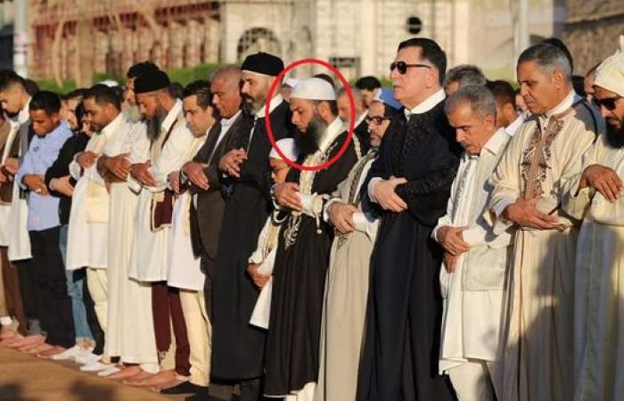 صورة للسراج تكشف علاقة حكومة الوفاق بالمتطرفين