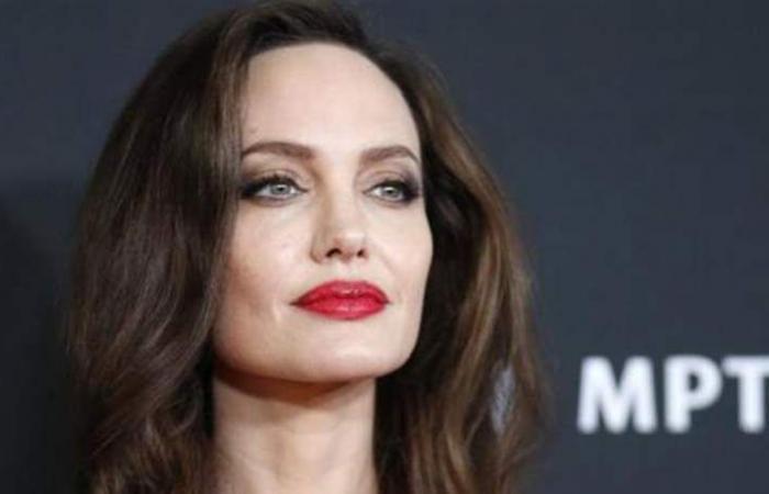 قائمة 'صادمة' لأسوأ ممثّلي 'هوليوود'.. من بينهم أنجلينا جولي!
