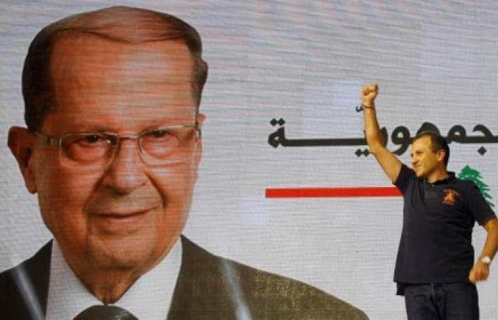 المارونية السياسية تكرر اللعب بالميثاقية اللبنانية