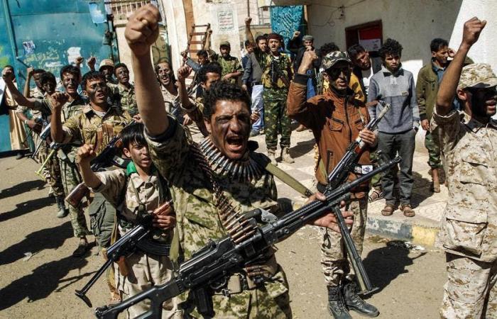 اليمن | إعلام الحوثي في حصن حزب الله.. دعم وتدريب من بيروت