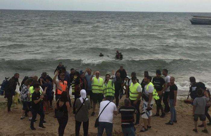 وزير البيئة: 8 آلاف متطوع شاركوا في حملة تنظيف الشاطئ