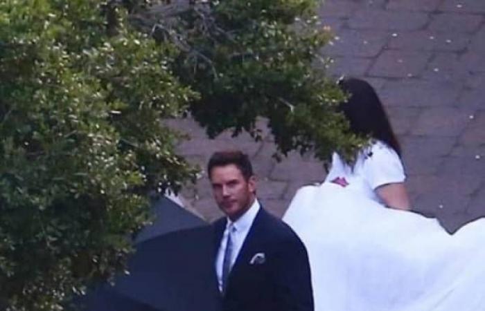 زفاف سرّي لممثل شهير وابنة نجم معروف.. شاهدوا الصور!
