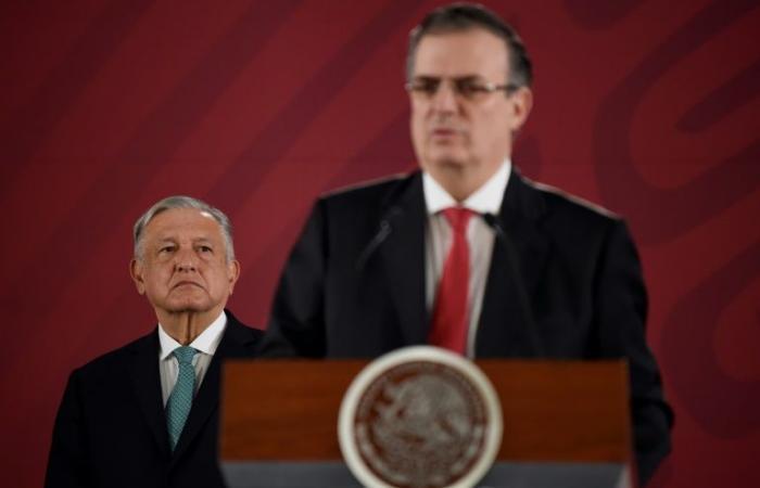 المكسيك تتفاوض وواشنطن على بلد ثالث لحل أزمة المهاجرين