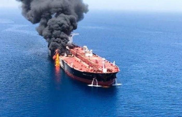 الخليح   بريطانيا: الحرس الثوري هاجم ناقلتي النفط ببحر عمان