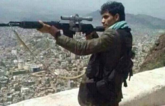 اليمن | شاهد.. وحدة خاصة من الشرعية تقتل قناصي الحوثي في الحديدة