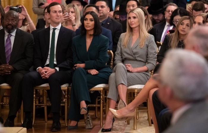 كيم كارداشيان في البيت الأبيض.. فماذا تفعل هناك؟ (صور)