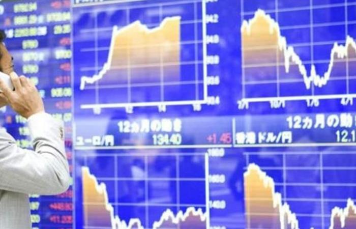 الأسهم اليابانية تتعثر بسبب التجارة والضبابية الاقتصادية