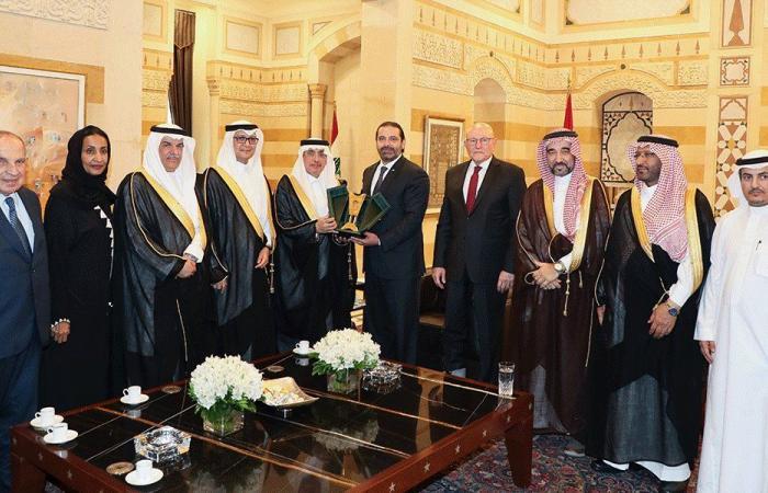 """الحريري أكد ووفد """"الشورى السعودي"""" العلاقات الثنائية"""