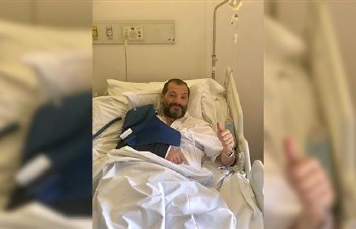 عادل كرم في المستشفى ووضعه صعب (صورة)