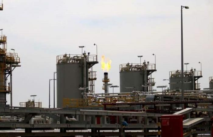 روسيا تتصدر موردي النفط إلى الصين