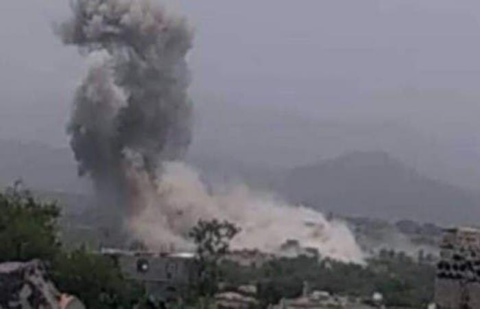 اليمن | اليمن.. التحالف يستهدف معسكراً حوثياً في إب