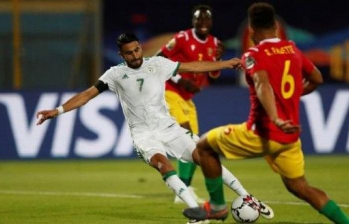 الجزائر تتأهل لدوري الثمانية بعد فوزها على غينيا