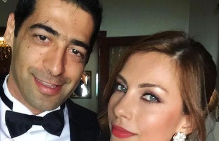 زوجة نائب لبناني ترتدي الملابس نفسها في زفافين! (صور)