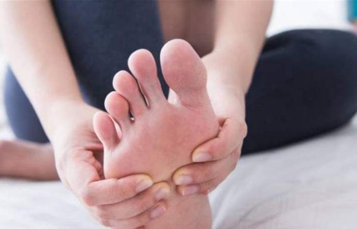 إليكِ العلاج السريع لانتفاخ القدمين
