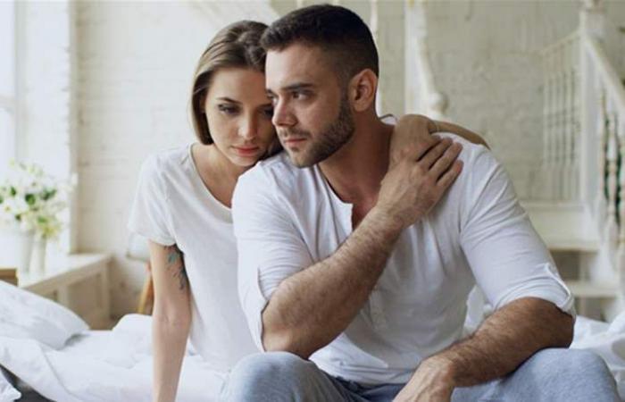 أجراس خطر تدلّ أنّ زوجك بحاجة إلى المزيد من العاطفة