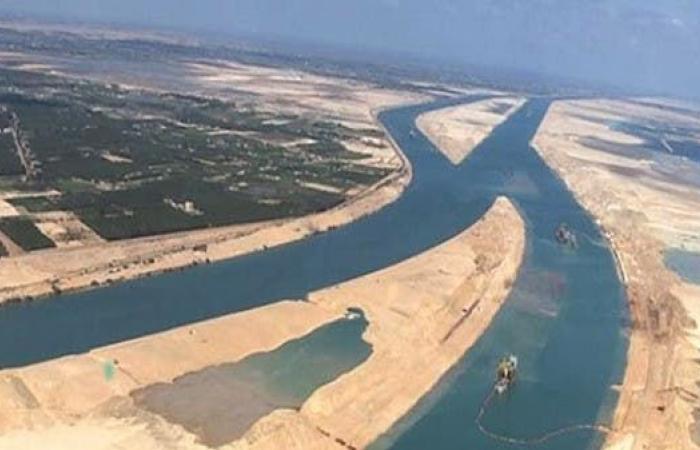 مصر   بعد مزاعم منع مرور السفن العملاقة قناة السويس..مصر توضح