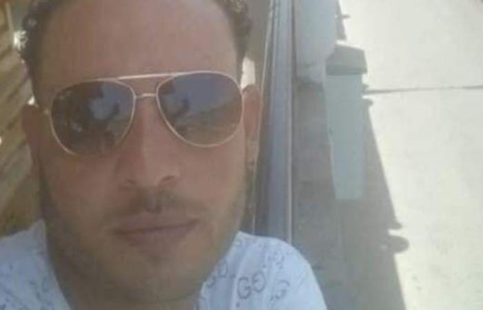 مصر   أمام الجمهور في مصر.. مصرع مروض ثعابين بلدغة كوبرا