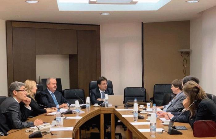 لجنة المال النيابية تنهي دراسة الموازنة بتخفيض العجز إلى 6.5 %