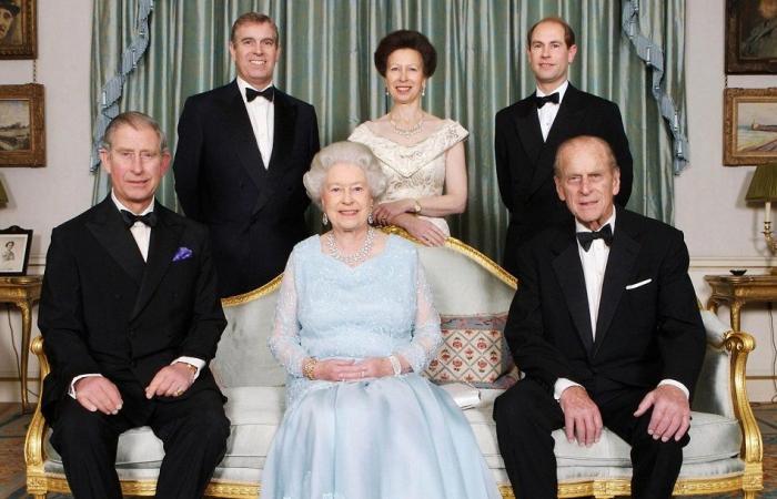 ملفات سرية تُثبت تورط نجل الملكة إليزابيث في أعمالٍ منافية للآداب!