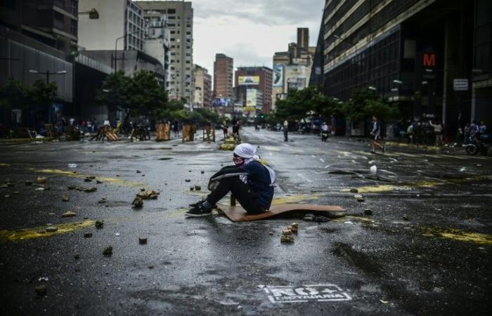 الاتحاد الأوروبي يهدد بفرض مزيد من العقوبات على فنزويلا