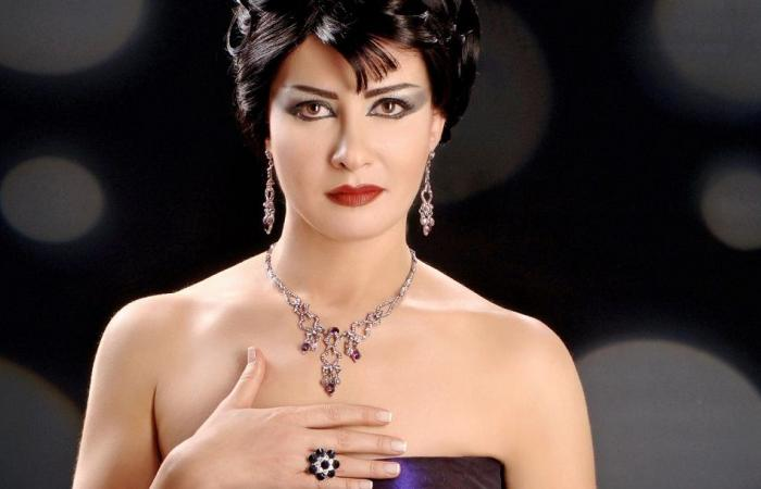 لورا أبو أسعد تعود بعد غياب 7 سنوات... هكذا أصبح شكلها!