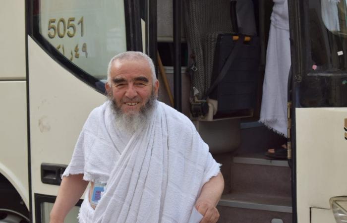الخليح | صور.. الحجاج في مكة قلوب مطمئنة ووجوه باسمة