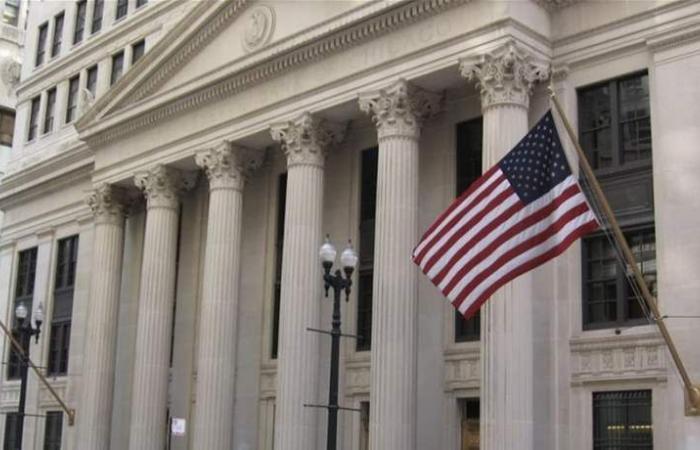 عضو بالفيدرالي: التضخم سيظل منخفضاً رغم قوة سوق العمل